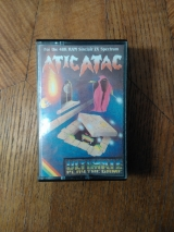 Atic Atac d\'Ultimate Play The Game pour Sinclair ZX Spectrum (1983)