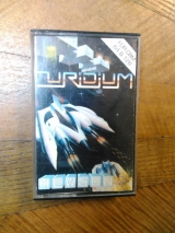 Uridium de Hewson (1986) pour Commodore 64 (version cassette UK)