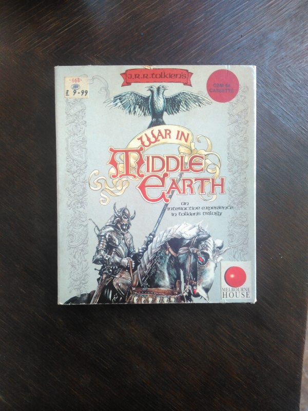 War in Middle Earth. An interactive experience in Tolkien's Trilogy, cassette de Melbourne House pour Commodore C64 et 128